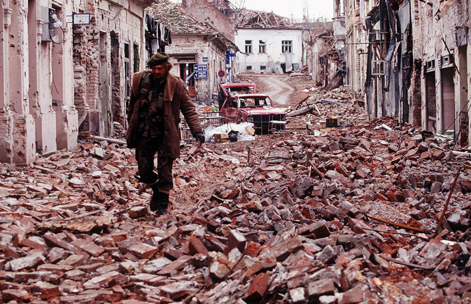 Did the NATO bombs in 1999 cause a cancer pandemic in Serbia?